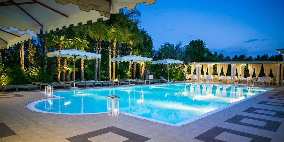 Hotel ares a pontinia albergo 3 stelle per vacanze in - Hotel giardini naxos 3 stelle ...